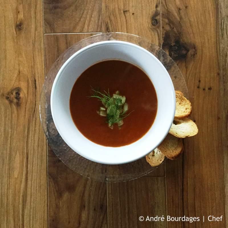 Potage à la tomate au fenouil - Au-dessus